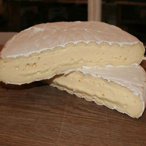 Cenarth Brie Cheese, Soft vegetarian Welsh cheese